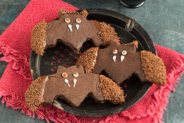 Batty gingerbread biscuits
