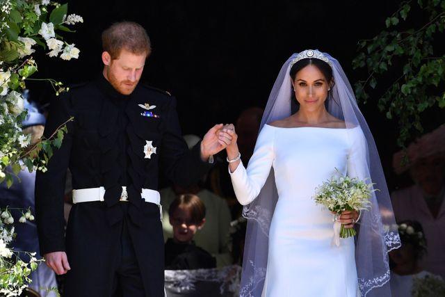 Meghan Wedding Dress.Meghan Markle S Wedding Dress Who Designed It How Much Did It