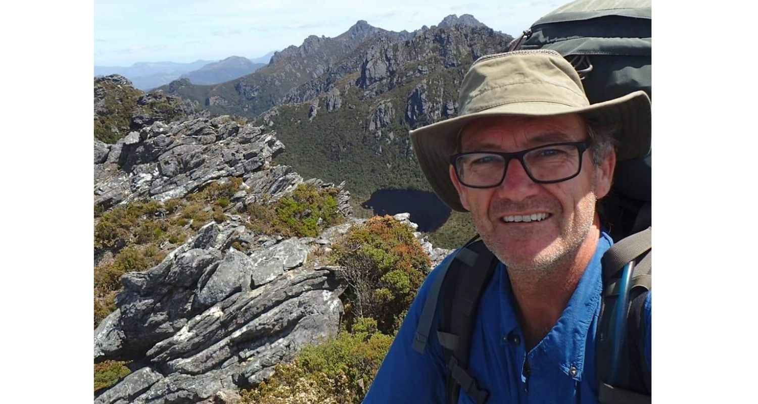 Aussie survival story - 'I carried my leg out of the bush!'