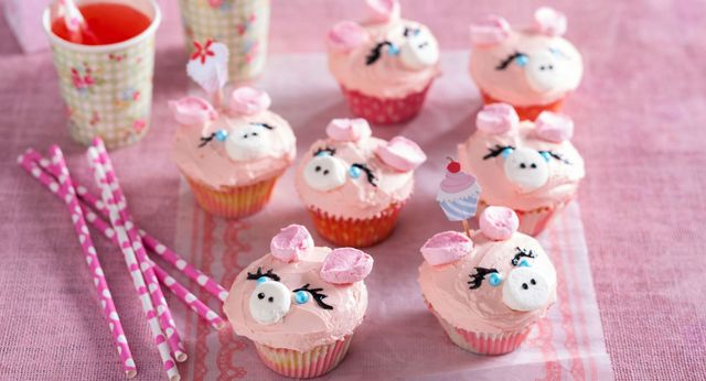 Pretty Pink Pig Cupcakes