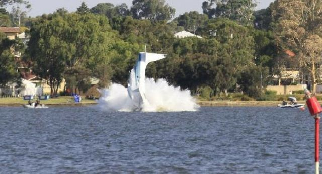 SHOCK FOOTAGE: The moment a plane crashed into a Perth river, killing two people