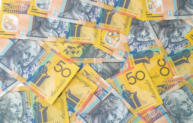 Can you spot what's dodgy about these knock-off $50 notes?