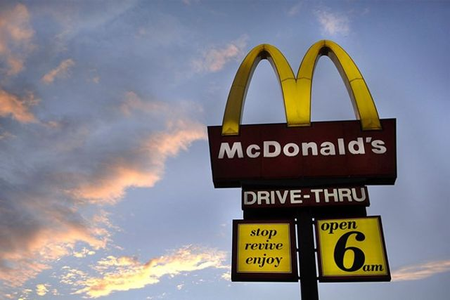 McDonald's employee gives birth and attempts to flush infant down toilet
